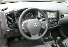 Mitsubishi Outlander von innen