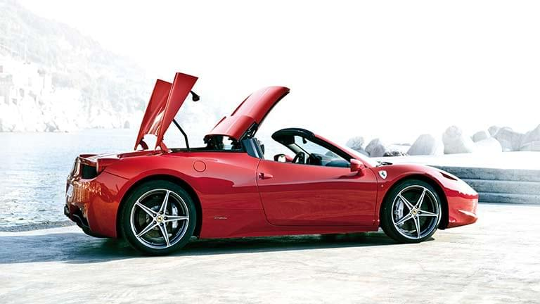 ferrari 458 spider gebraucht kaufen bei autoscout24. Black Bedroom Furniture Sets. Home Design Ideas
