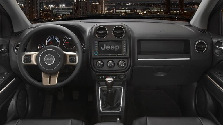 jeep compass gebraucht kaufen bei autoscout24. Black Bedroom Furniture Sets. Home Design Ideas