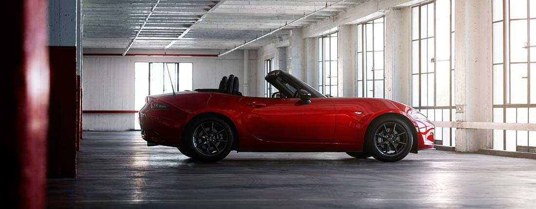 mazda mx 5 infos preise alternativen autoscout24. Black Bedroom Furniture Sets. Home Design Ideas