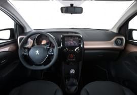 Peugeot 108 von innen