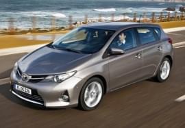 Toyota Auris von vorn
