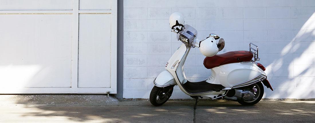 motorroller 125 ccm kaufen und verkaufen bei autoscout24. Black Bedroom Furniture Sets. Home Design Ideas