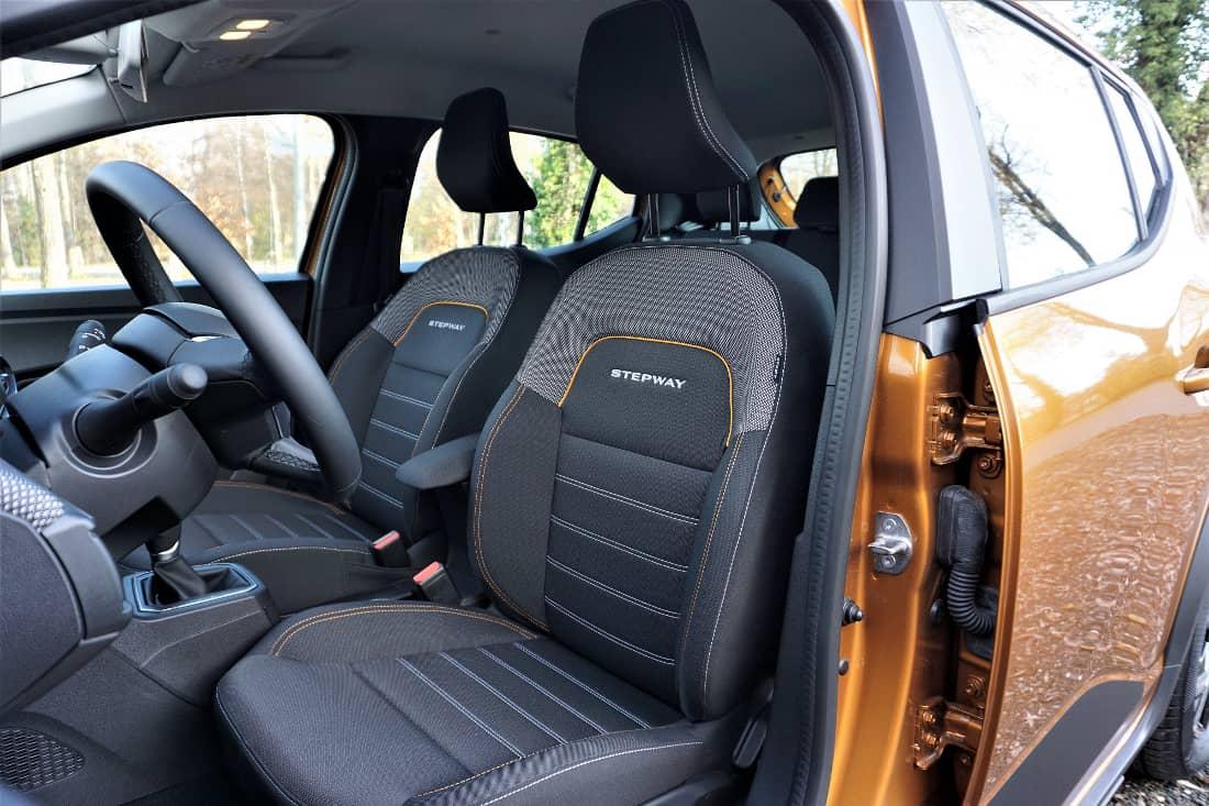 Dacia Sandero Stepway 2021 Int front seats