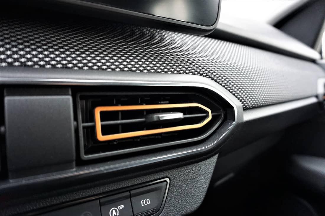 Dacia Sandero Stepway 2021 Int decor and fabric cockpit