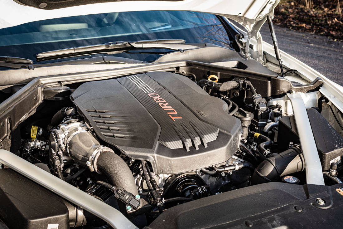 Kia-Stinger-GT-Engine