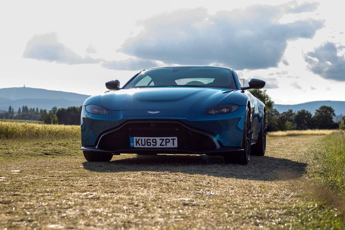 Test Aston Martin Vantage Amr Autoscout24