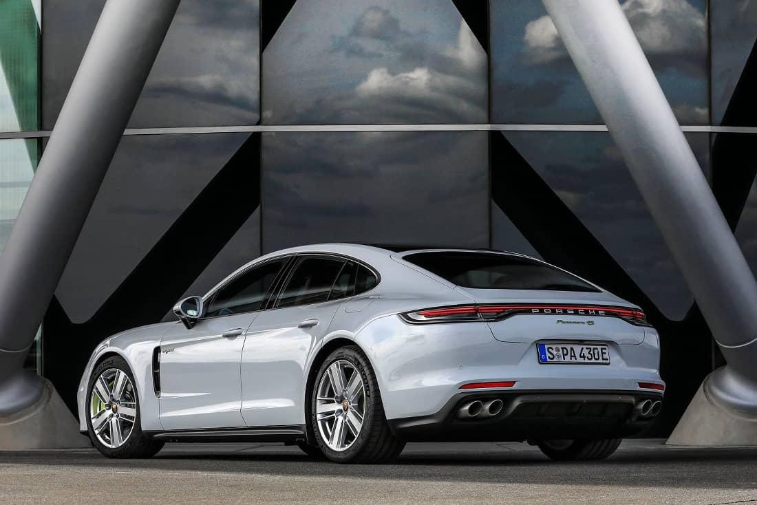 2021 The Porsche Panamera Style