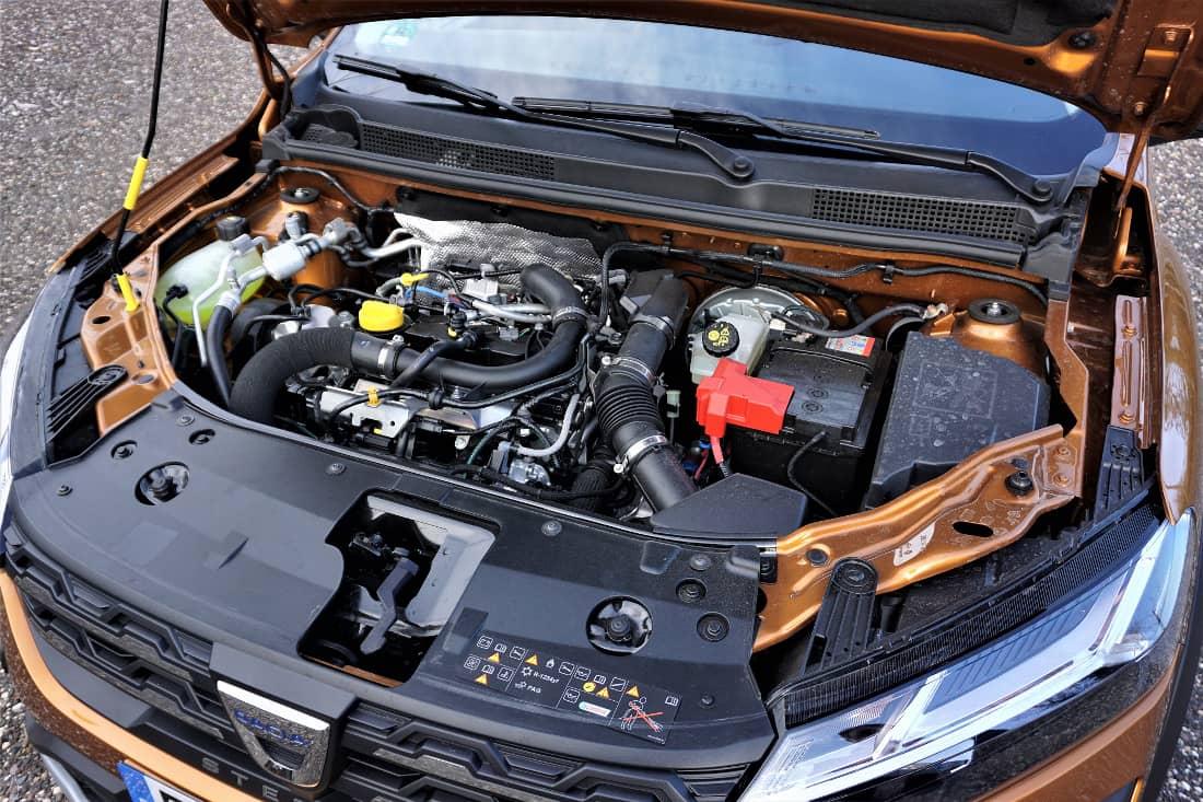 Dacia Sandero Stepway 2021 engine