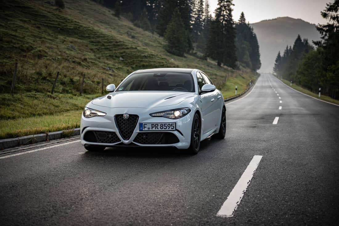 Alfa-Romeo-Giulia-QF-MY21-Street