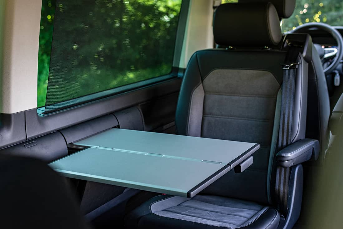 VW-Multivan-T6-1-Rearseats-Table