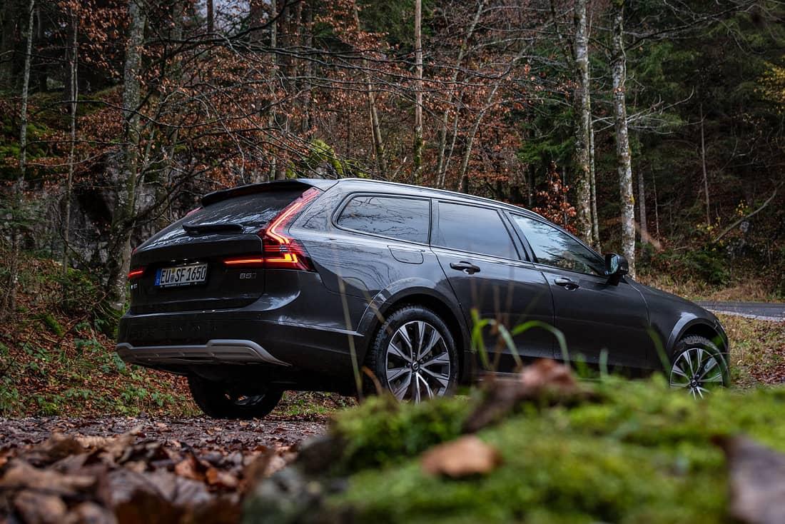 Volvo V90 Cross Country Side Wood