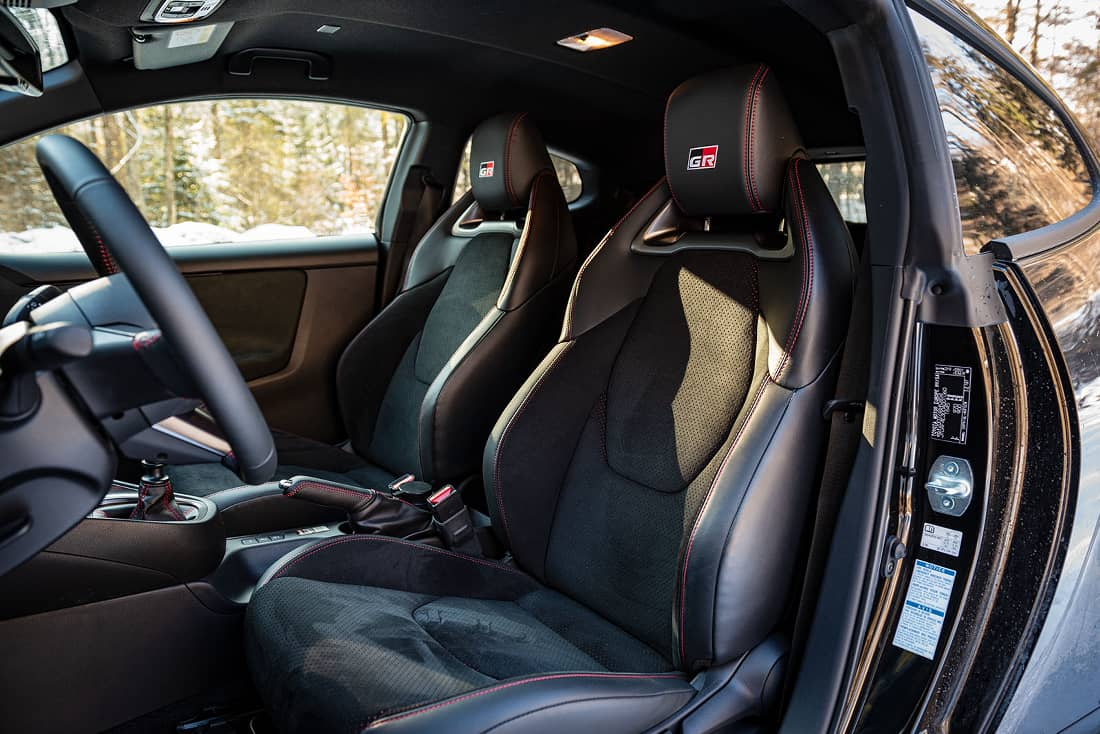 Toyota-GR-Yaris-2021-Seats