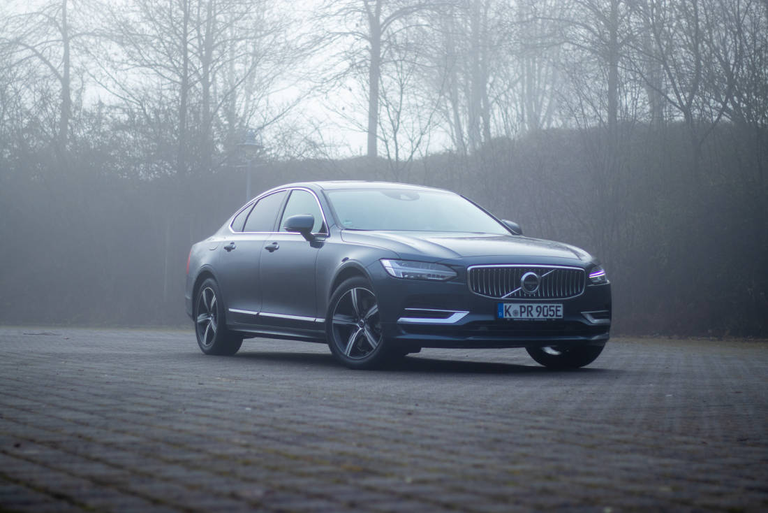 2020 Volvo S90 Price, Design and Review