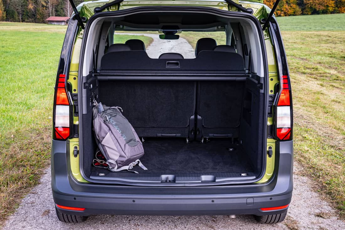 Volkswagen Caddy V Trunk