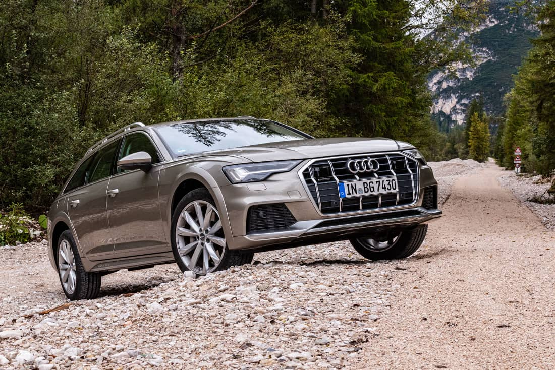 Audi-A6-Allroad-55-TDI-quattro-Side-Offroad