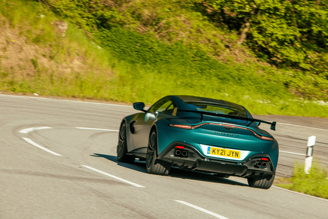 Aston-Martin-Vantage-F1-Rear-Dynamic
