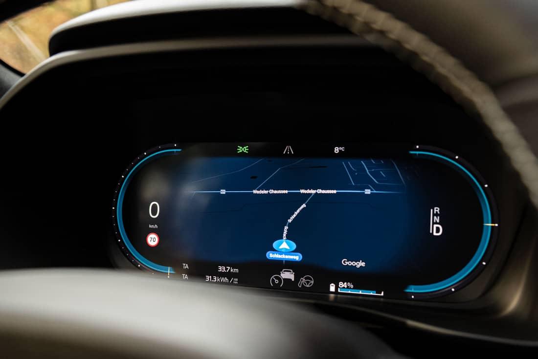 Volvo XC40 recharge speedometer