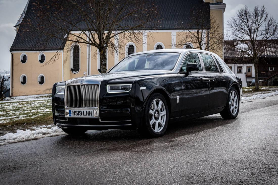 2020 Rolls Royce Phantoms Images