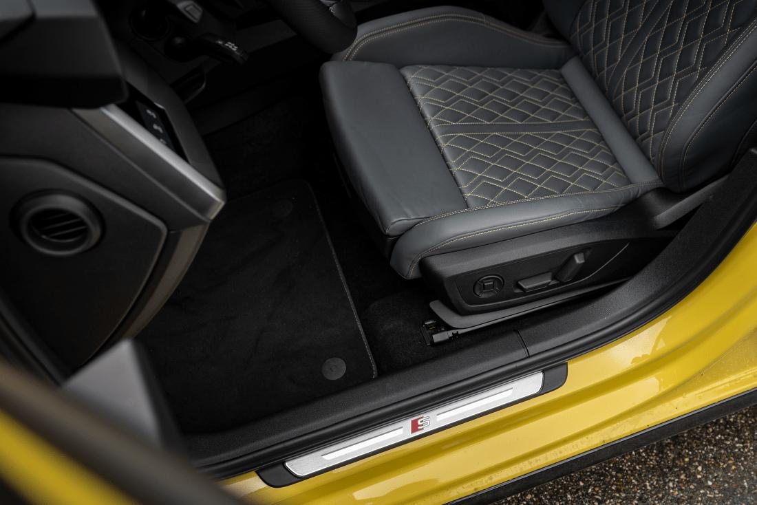 Audi-S3-Sportback-2021-Seats