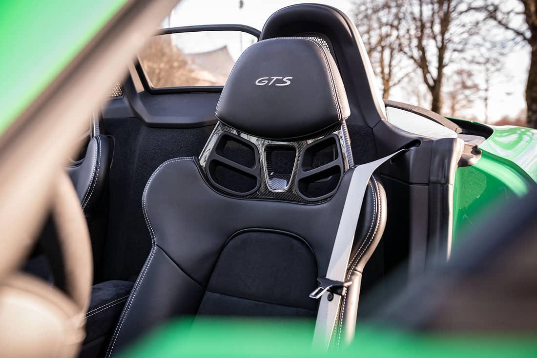 Porsche-718-Boxster-4.0-Seats