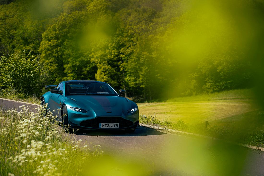 Aston Martin Vantage F1 Edition front