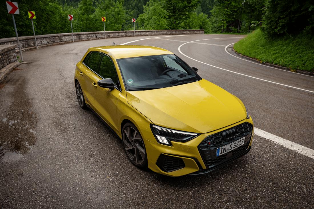 Audi-S3-Sportback-2021-Front-Top