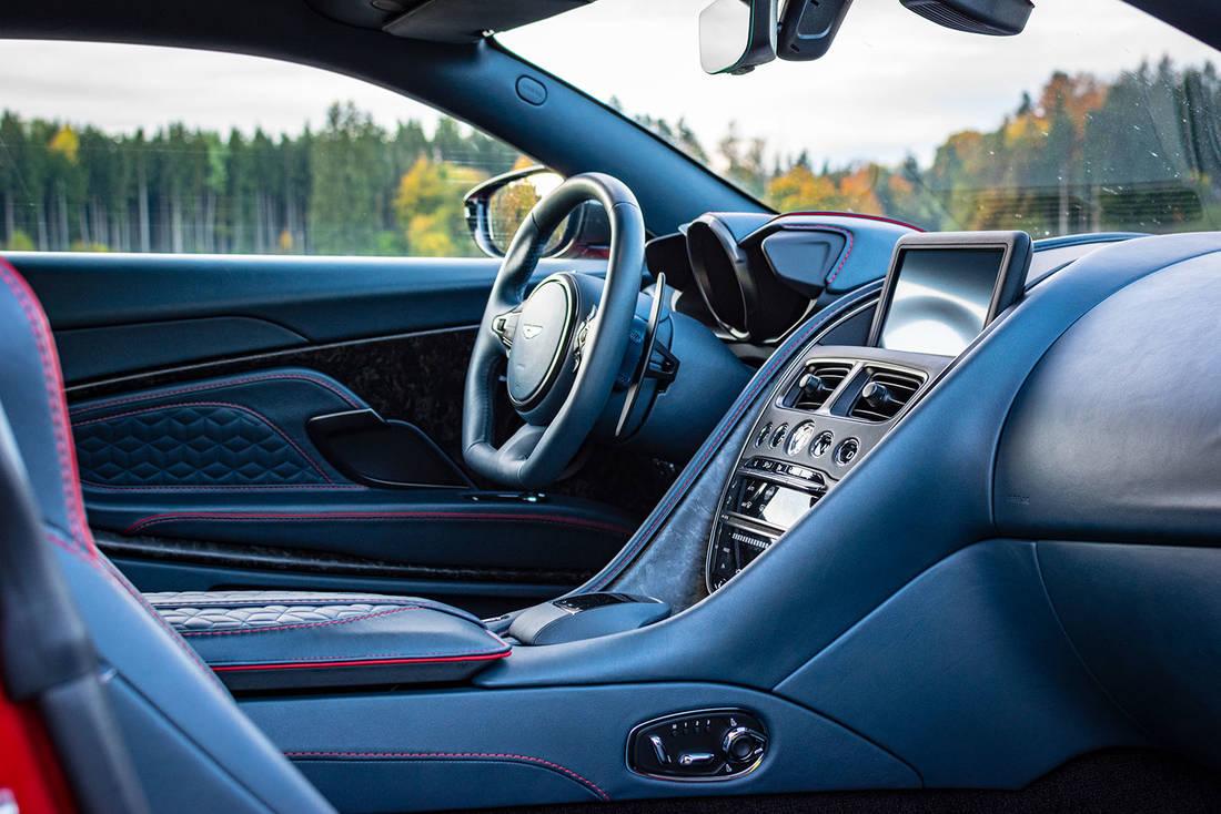 Test Aston Martin Dbs Superleggera Autoscout24