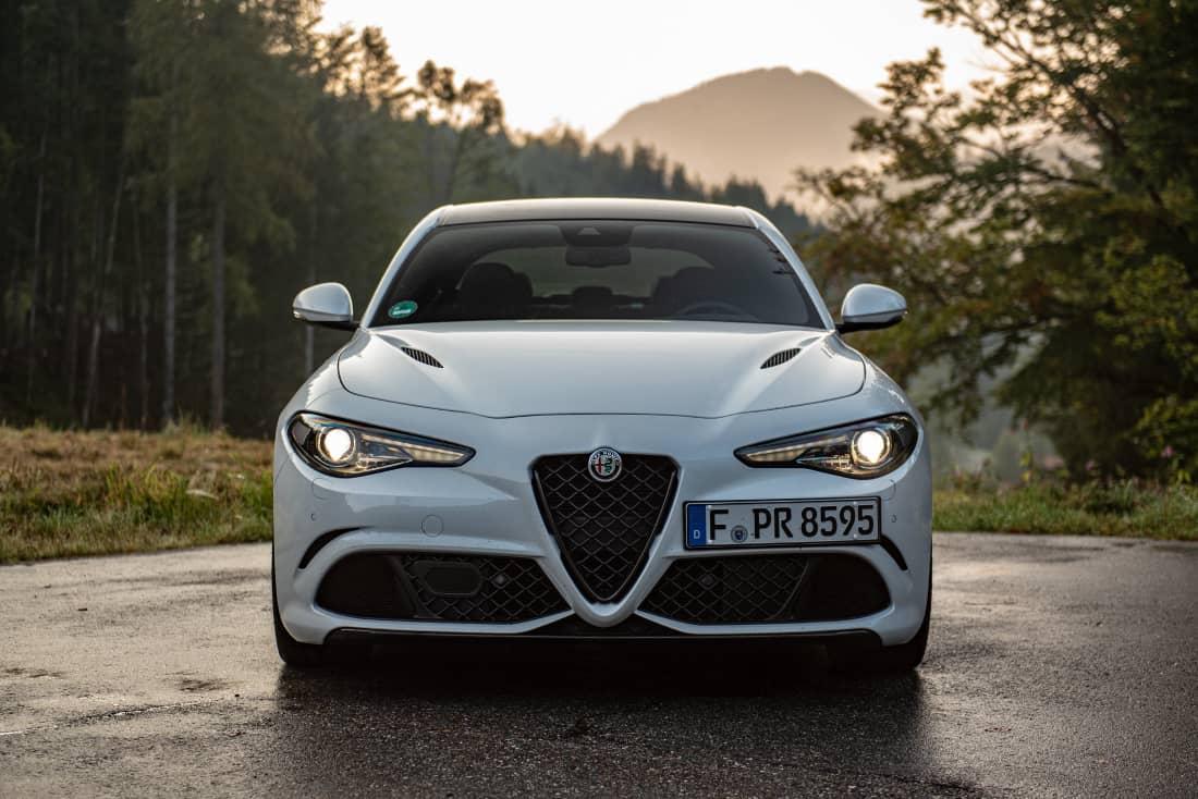 Alfa-Romeo-Giulia-QF-MY21-front