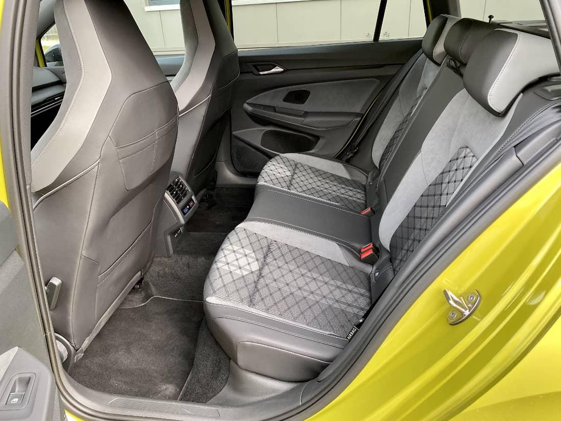 VW Golf 8 Variant Int rear seats