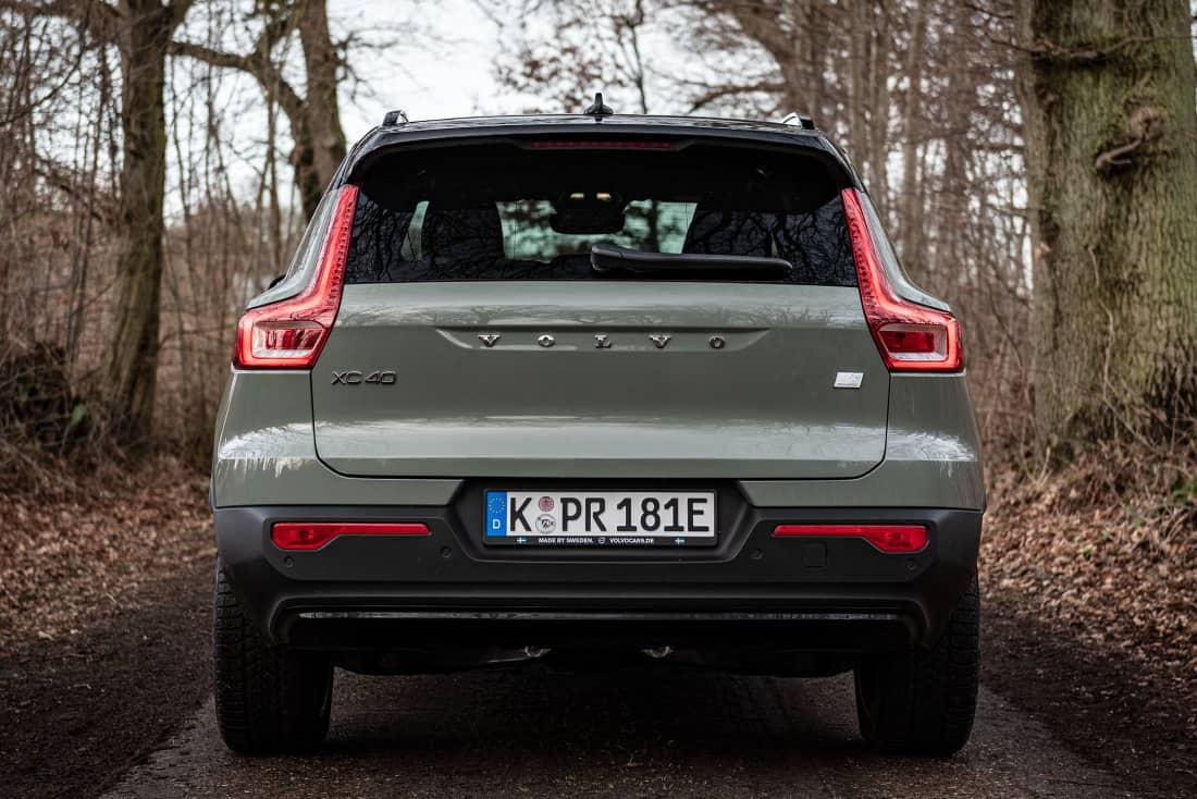 Volvo-XC40-Recharge-Rear