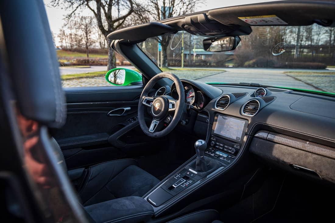 Porsche 718 Boxster 4.0 interior