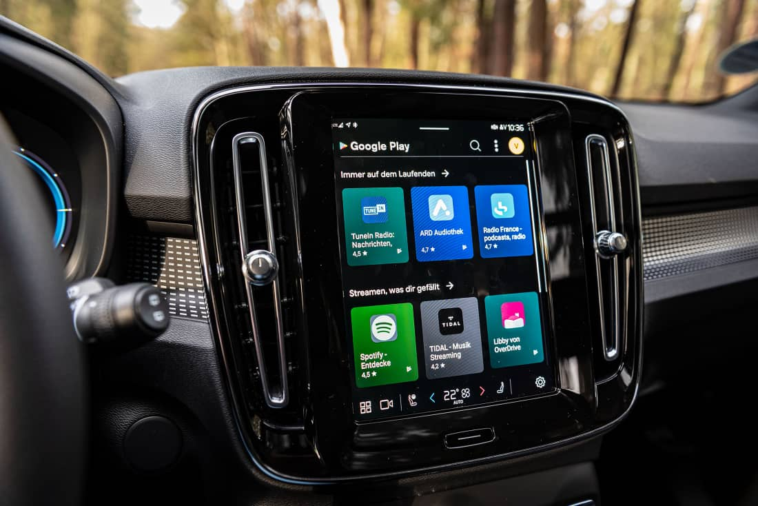 Volvo-XC40-Recharge-Android